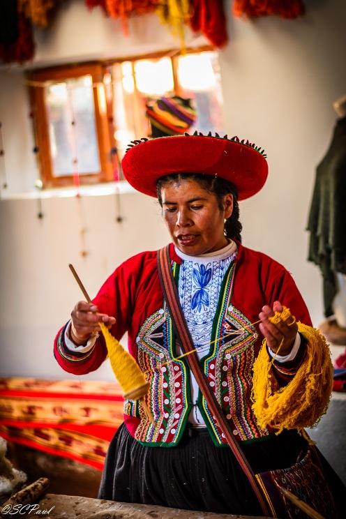 Weaving the yarn